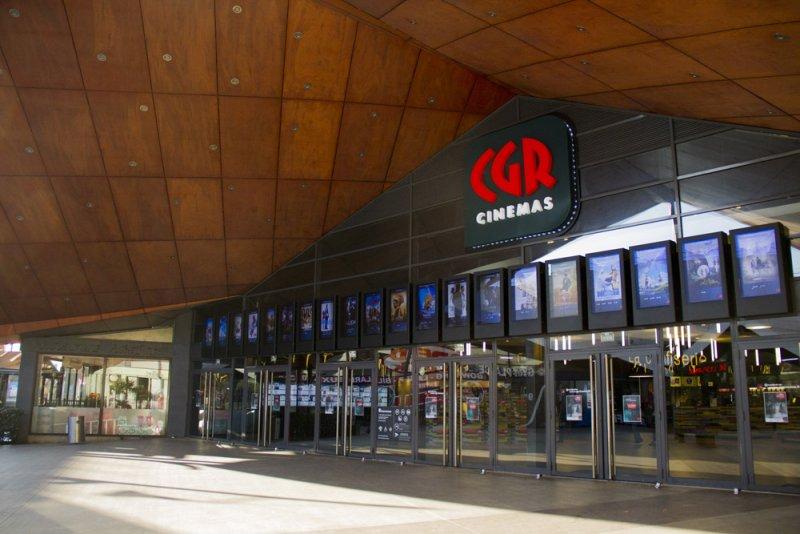 Votre Cinéma CGR vous accueille avec ses 16 salles de cinéma